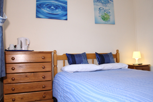 double bedroom White House Guest Rooms. BandB in Bristol
