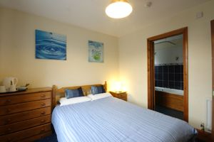 double bed and breakfast guestroom, Bristol